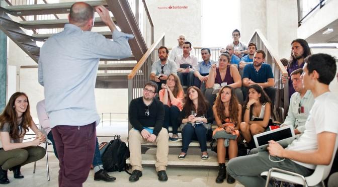 El programa Explorer 'Jóvenes con ideas', impulsado por Banco Santander y apoyado por la UMU, oferta 25 plazas para emprendedores