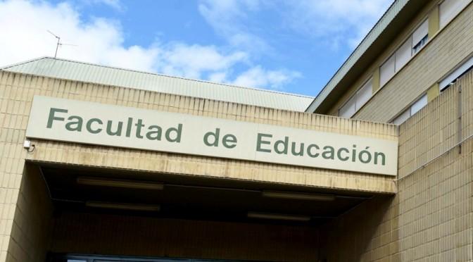 La Universidad de Murcia acoge la presentación de un libro en homenaje al profesor Antonio Viñao