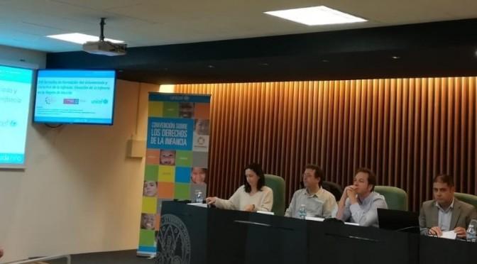 La Universidad de Murcia aborda la situación y los derechos de la infancia en unas jornadas