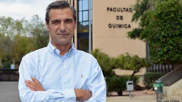 El catedrático de la UMU Pedro Lozano edita un libro con los últimos avances sobre química sostenible
