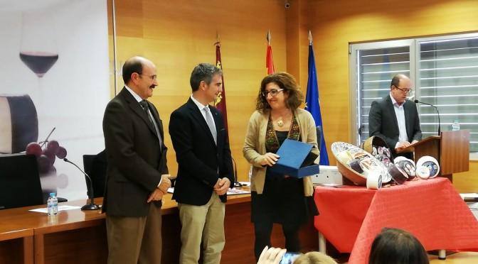 Dos profesoras de la UMU reciben un reconocimiento por su trabajo en el panel de cata del Consejo Regulador del Queso