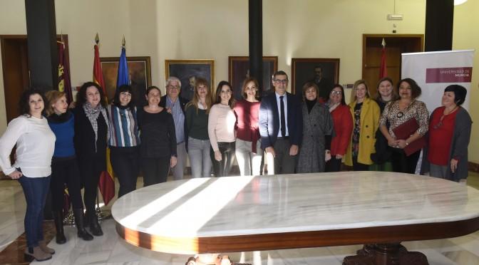 La Universidad de Murcia apoya el manifiesto de la Plataforma Colombine – Mujeres Periodistas Feministas de la Región de Murcia
