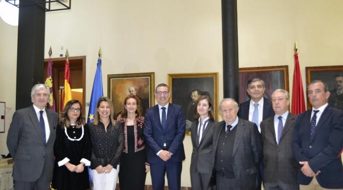 La Universidad de Murcia y la  Fundación ASISA crean la Cátedra de  Comunicación Sanitaria