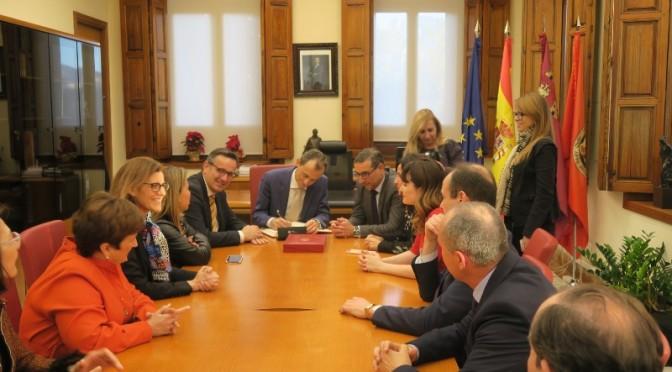 El ministro de Ciencia, Innovación y Universidades, Pedro Duque, visita el Rectorado de la Universidad de Murcia