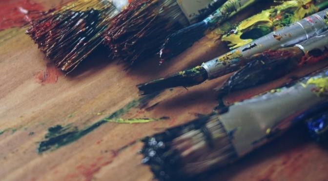 La UMU expone las obras del taller de alumnos de artes plásticas, basadas en una revisión de las vanguardias