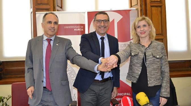La UMU, la UPCT y el ayuntamiento de Molina firman con convenio para crear una cátedra de innovación y participación.