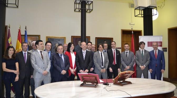 Docentes de la Universidad de Murcia toman posesión de sus cátedras y plazas de profesor titular