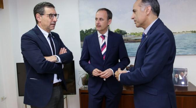 La Universidad de Murcia y la CARM crean la cátedra de innovación y especialización inteligente