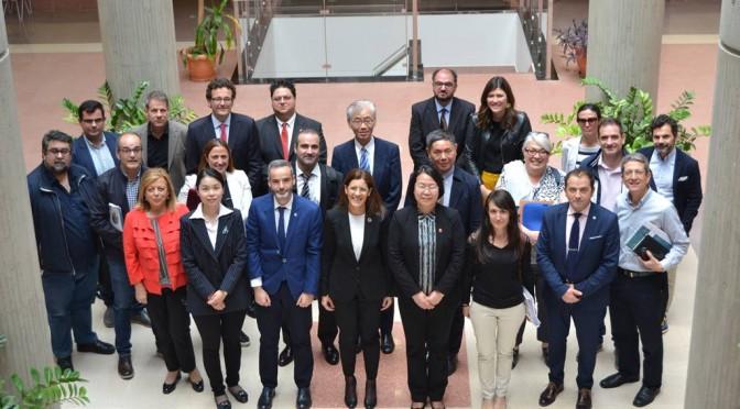 La Universidad de Murcia recibe la visita de una delegación de Shanghai Jiao Tong University de China