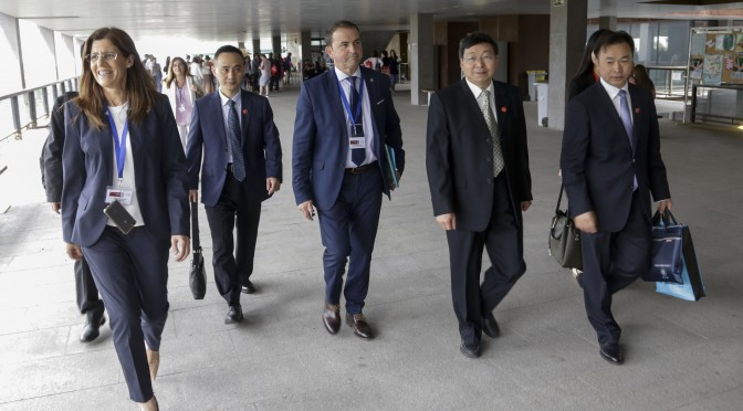 Una delegación de la Hunan Normal University de China visita la Universidad de Murcia