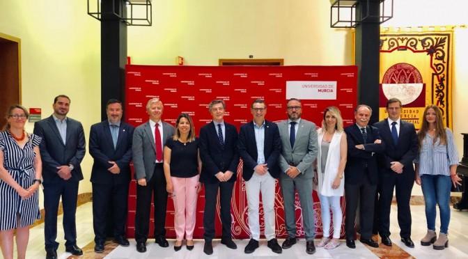 El rector de la Universidad de Murcia se reúne con el presidente de la Asociación Murciana de la Empresa Familiar