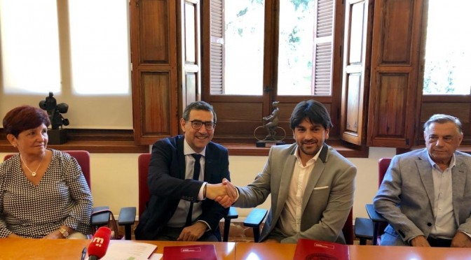 La Universidad de Murcia y ALDIMESA firman un convenio para investigar patologías del aparato locomotor