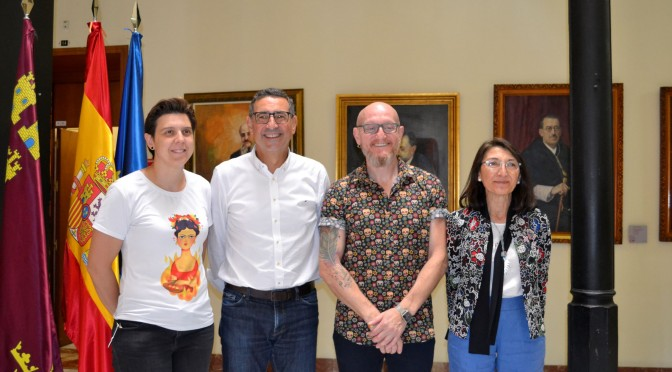La UMU potencia el voluntariado con el colectivo NO TE PRIVES y la Asociación de Familias Homoparentales de la Región