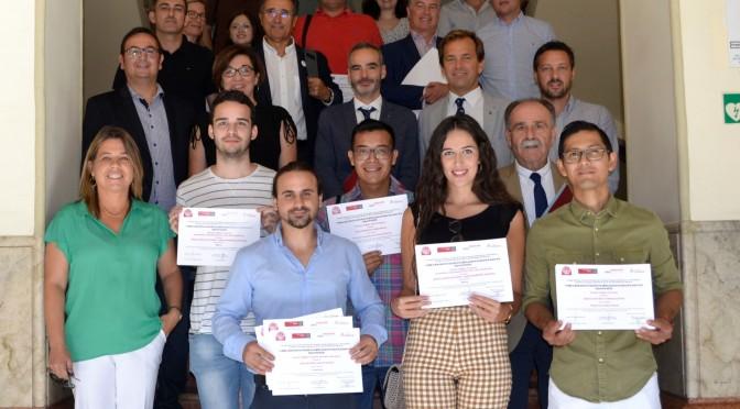 La UMU entrega premios a los mejores proyectos de creación de una empresa basados en trabajos de fin de grado y máster