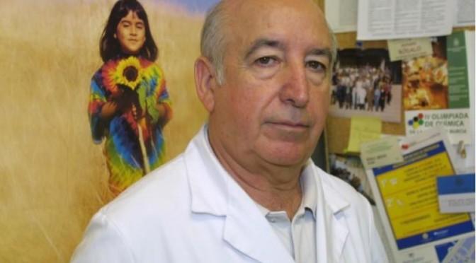 El profesor emérito de la UMU Antonio Bódalo, Medalla de Oro de la Asociación Nacional de Químicos e Ingenieros Químicos