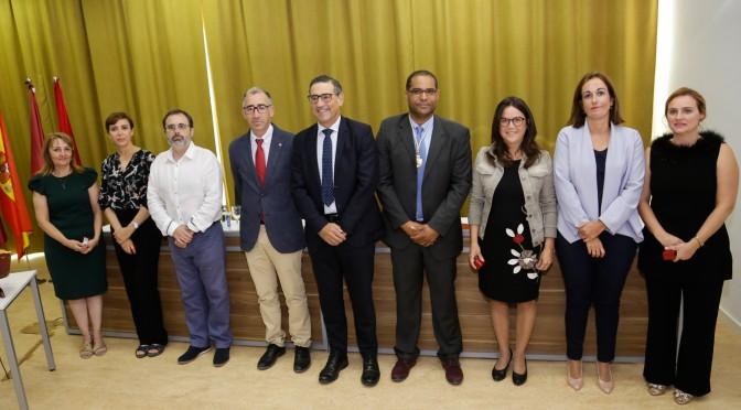 Toma de posesión del decano de la facultad de Ciencias Sociosanitarias de la Universidad de Murcia