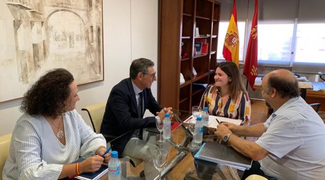 El rector de la Universidad de Murcia y la consejera de Educación se reúnen para tratar vías de colaboración
