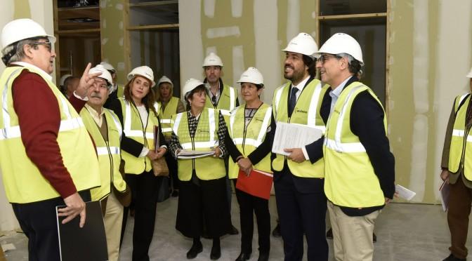 El consejero Miguel Motas visita las obras del aulario del campus de Ciencias de la Salud de la Universidad de Murcia