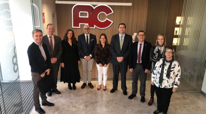 La Universidad de Murcia y la empresa Auxiliar Conservera estrechan lazos de colaboración