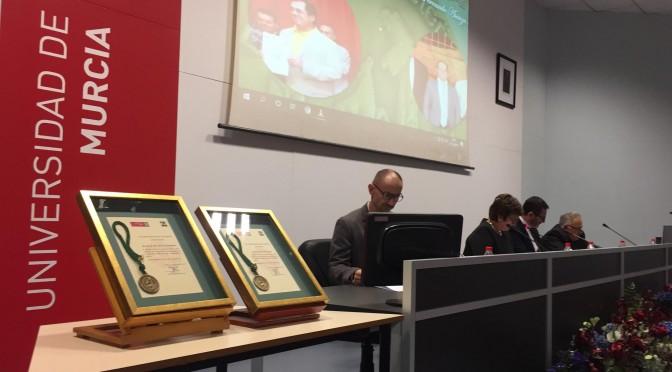 La facultad de Veterinaria de la UMU homenajea a dos de sus trabajadores: José Fernando Sánchez y Juan Antonio Cano