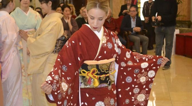 La Universidad de Murcia clausura la semana cultural japonesa con la visita del embajador de Japón en España