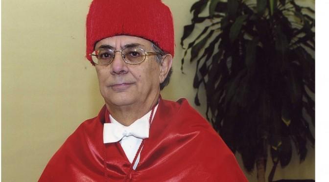 Homenaje a Alfredo Montoya, un catedrático de Derecho que comenzó su carrera en la Universidad de Murcia hace medio siglo
