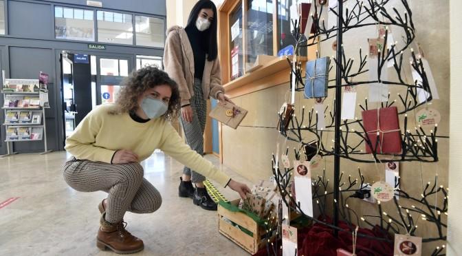 La Universidad de Murcia organiza una recogida de libros para darles una segunda vida con espíritu navideño