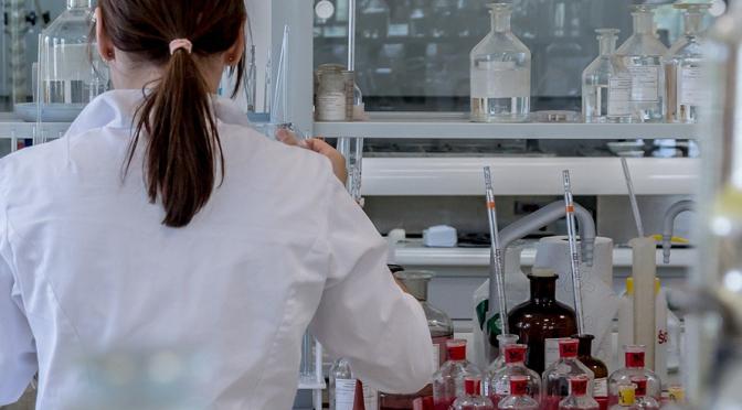 Investigadores de la UMU participan en el estudio de una vitamina que podría paliar los efectos de la psoriasis