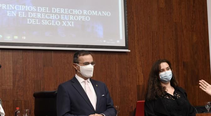 La Universidad de Murcia presenta el proyecto de investigación 'Los principios del Derecho romano en el Derecho europeo del siglo XXI'