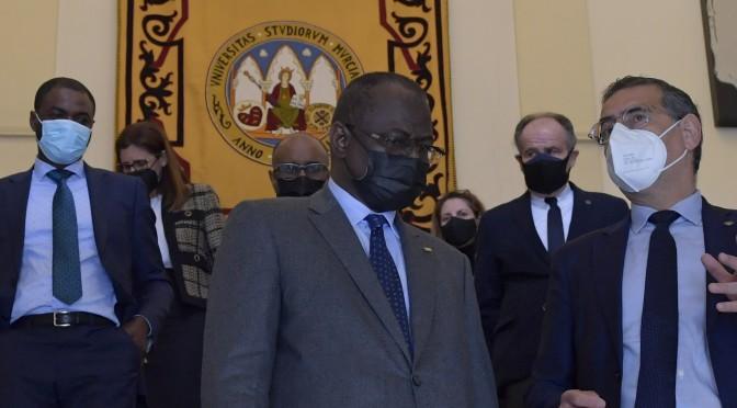 La Universidad de Murcia recibe al ministro de Enseñanza Superior de Mauritania en visita institucional