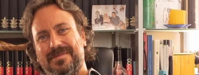 Alberto Chessa gana el XVIII Premio de Poesía Dionisia García-Universidad de Murcia