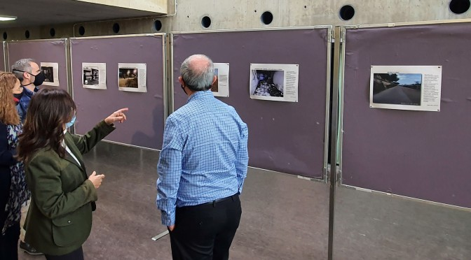 Estudiantes de la UMU crean una exposición que ayuda a comprender la economía a través de la fotografía