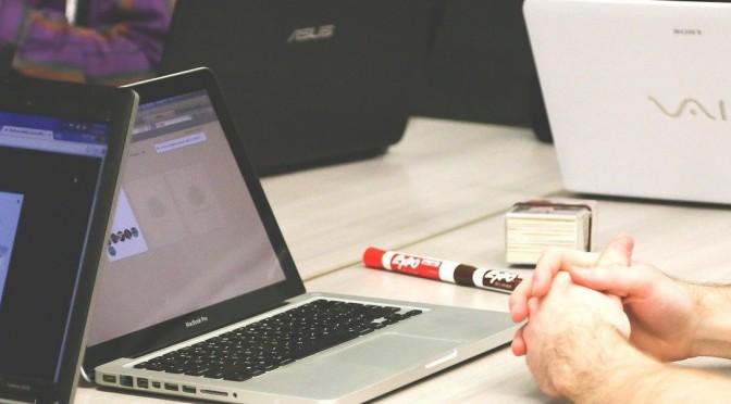 Premiada una investigación de la UMU que demuestra que la formación en tecnologías de los empleados mejora el rendimiento de las empresas